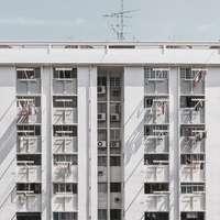 fotografie arhitecturală a clădirii albe