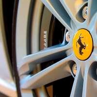 Ruota auto Ferrari