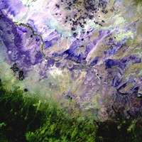 fialová, šedá a zelená abstraktní malba