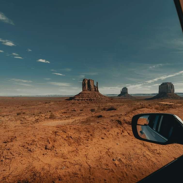 Vistas 1/2 de Monument Valley (IG: @ clay.banks)