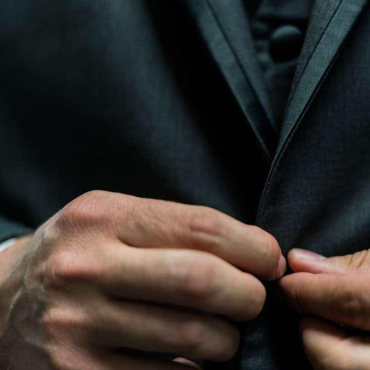 Κοστούμι & Κουμπί